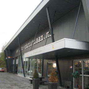 Nieuwbouw autobedrijf Christiaan te Blokzijl
